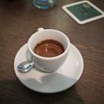 Ein Espresso kostet im Nero 2,20 Euro.