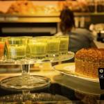 Goodies München: Smoothies und Haselnusskuchen