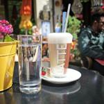 Der Latte Macchiato kostet im Bricelta 3,90 Euro.