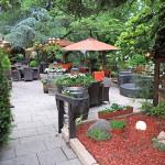 Restaurantgarten im Ess & Trinkbares