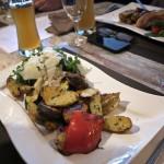 Vegetarischer Teller mit mediterranem Gemüse vom Grill.