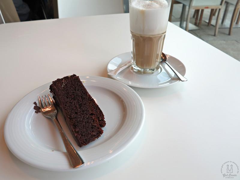 0383 marktrestaurant audi ingolstadt kuchen latte macchiato gut essen in m nchen. Black Bedroom Furniture Sets. Home Design Ideas