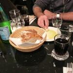 Vorab gibt's Brot und Olivenöl