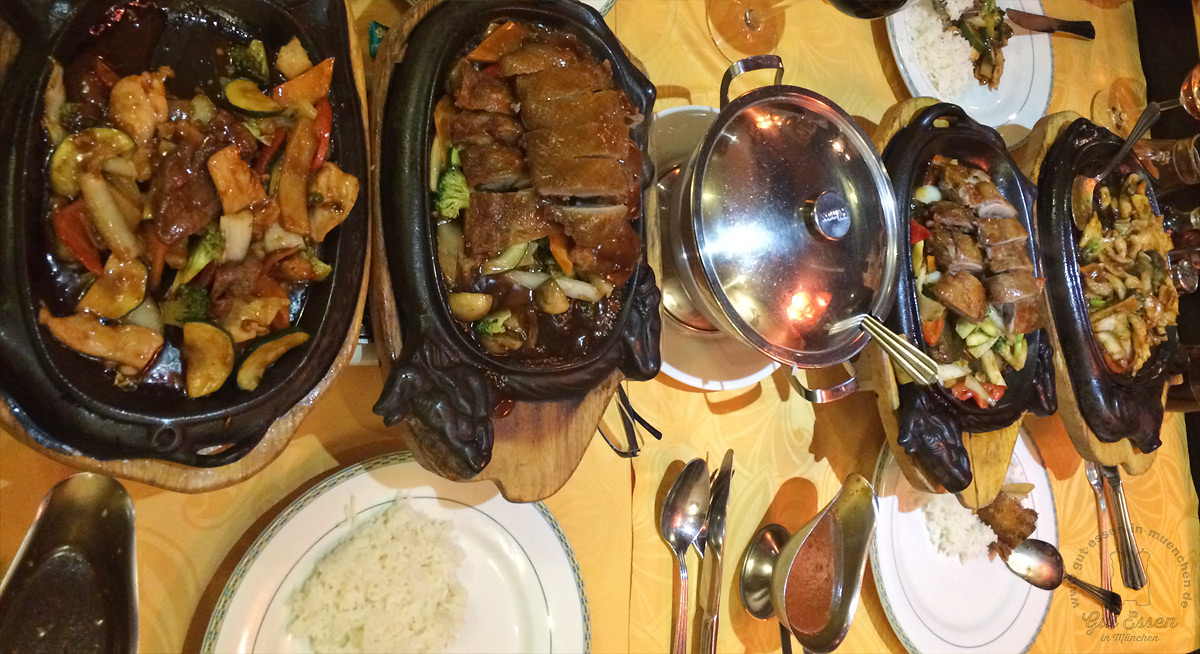 China-Restaurant an der Würm serviert auf heißen Gußpfannen