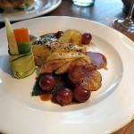 Perlhuhn Supreme mit Sherry-Trauben & Granatapfel