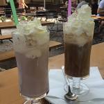 Eisschokolade und Eiscafe