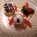 Geeister Espresso, Zartbittermousse, Orangen-Grapefruitfilets mit Whiskeysauce und Karamelleis