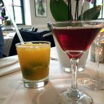 Grapefruit-Schorle und Blackcurrant Martini