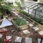 Feinkost Käfer pflegt einen kleinen Dachgarten