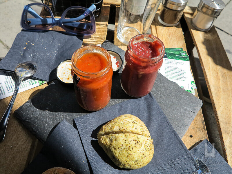 Die Chorizo und die • Back to the Roots Gazpacho aus rote Beete, Himbeeren, Ingwer und Paranüssen