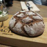 Hausgemachtes Brot in der Westend Factory