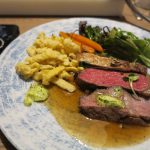 Fleisch und Beilagen sind sehr zu empfehlen, v.a. das Entrecote