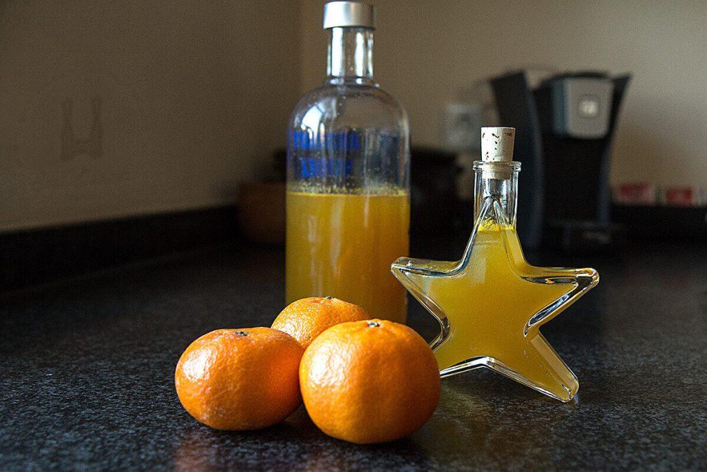 Hausgemachter Mandarinenlikör