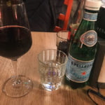 Ein 0,2er Gläschen Primitivo für 6,50 Euro