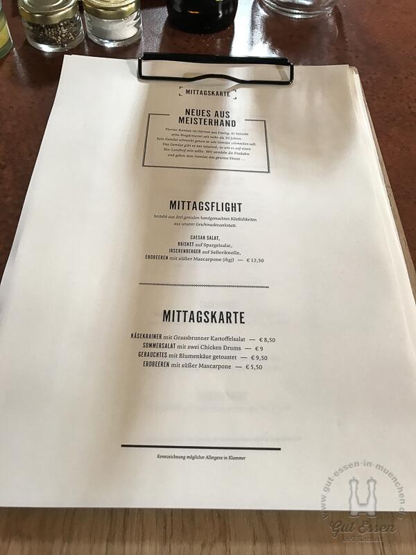 Speisekarten auf einem Klemmbrett