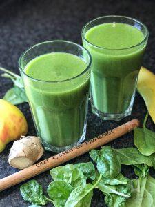 Smoothie-Rezept: Hot'n Green mit Banane, Kiwi, Apfel, Spinat und Ingwer