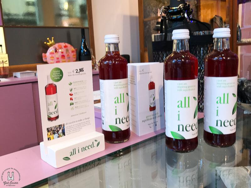 all i need für 2,95 Euro pro Flasche im Vogelwildes München