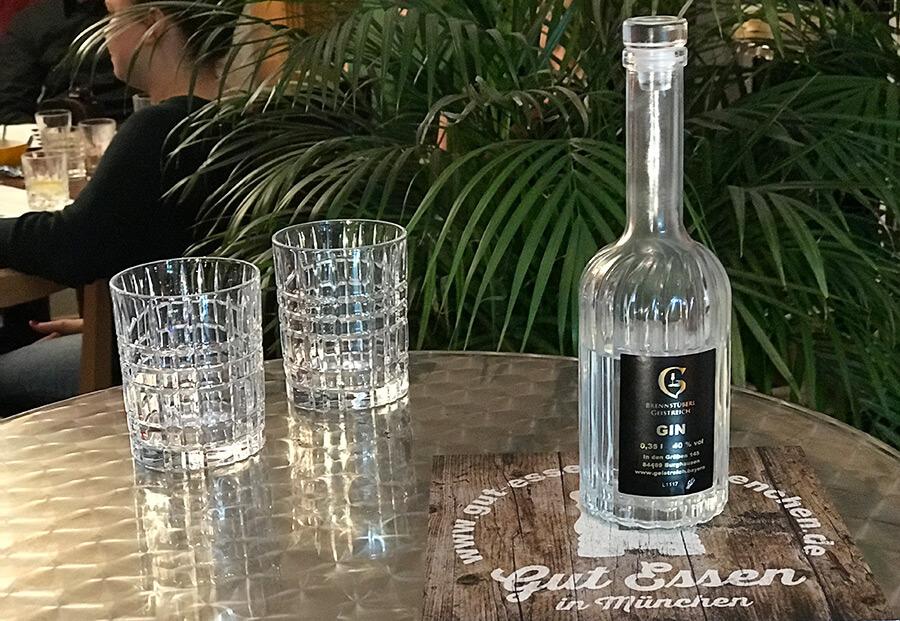 Ein milder Gin mit einem langen Abgang, der beim Omoxx-Tasting der bayerischen Gins gut angekommen ist.
