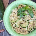 Zutaten Spaghetti mit Zucchini mit Buttersoße