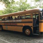 Mit dem Dinner-Hopping-Bus geht es zu drei Lokalitäten