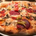 Pizza Salami für 8,50 Euro