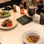 Das 4-Gang-Menü des Dinner in the Dark in der Schlosswirtschaft Schwaige
